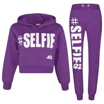 A2Z Trendz Kids Girls Tracksuit Designer's #Selfie Print Fleece Purple Hooded Crop Top Bottom Jogging Suit Joggers Age 5 6 7 8 9 10 11 12 13 Years